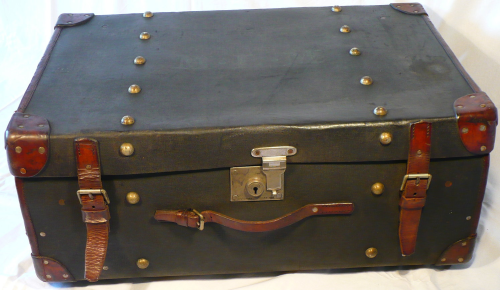 Early 20th Century case by Cleghorn of Edinburgh